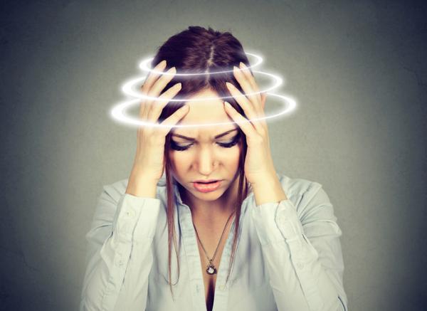 Mareos por ansiedad: cómo evitarlos y tratamiento - Mareos por ansiedad: síntomas