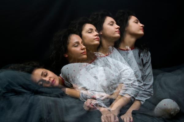 Cómo dejar de hablar dormido - Remedios para no hablar en sueños