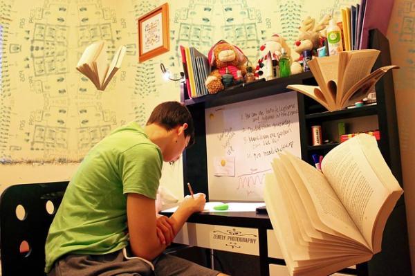 Cómo saber si mi hijo tiene dislexia - Cómo detectar la dislexia durante la edad escolar