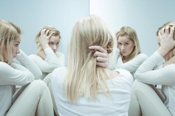 Diferencia entre psicópata y psicótico - Definición y síntomas de la psicosis