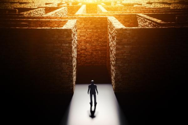 Teorías de Personalidad en Psicología: Erich Fromm - Vías de escape de la realidad