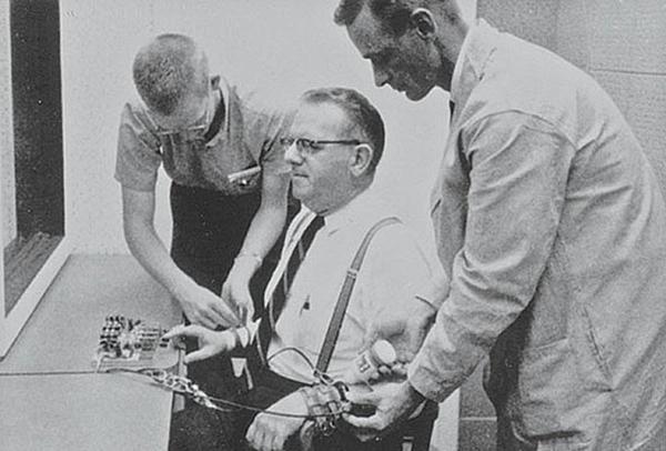 Experimentos psicológicos interesantes - El experimento de Milgram
