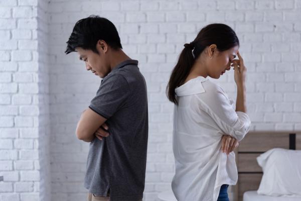 Mi ex quiere volver pero no lo demuestra: por qué y qué hacer
