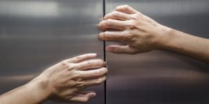 Claustrofobia: qué es, causas, síntomas y tratamiento