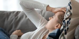 Astenia emocional: qué es, causas, síntomas y tratamiento