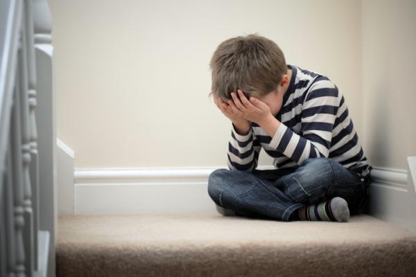 Complejo de inferioridad en niños: síntomas y tratamiento