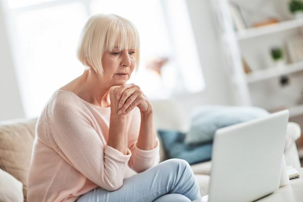 Bradipsiquia: qué es, causas, síntomas y tratamiento