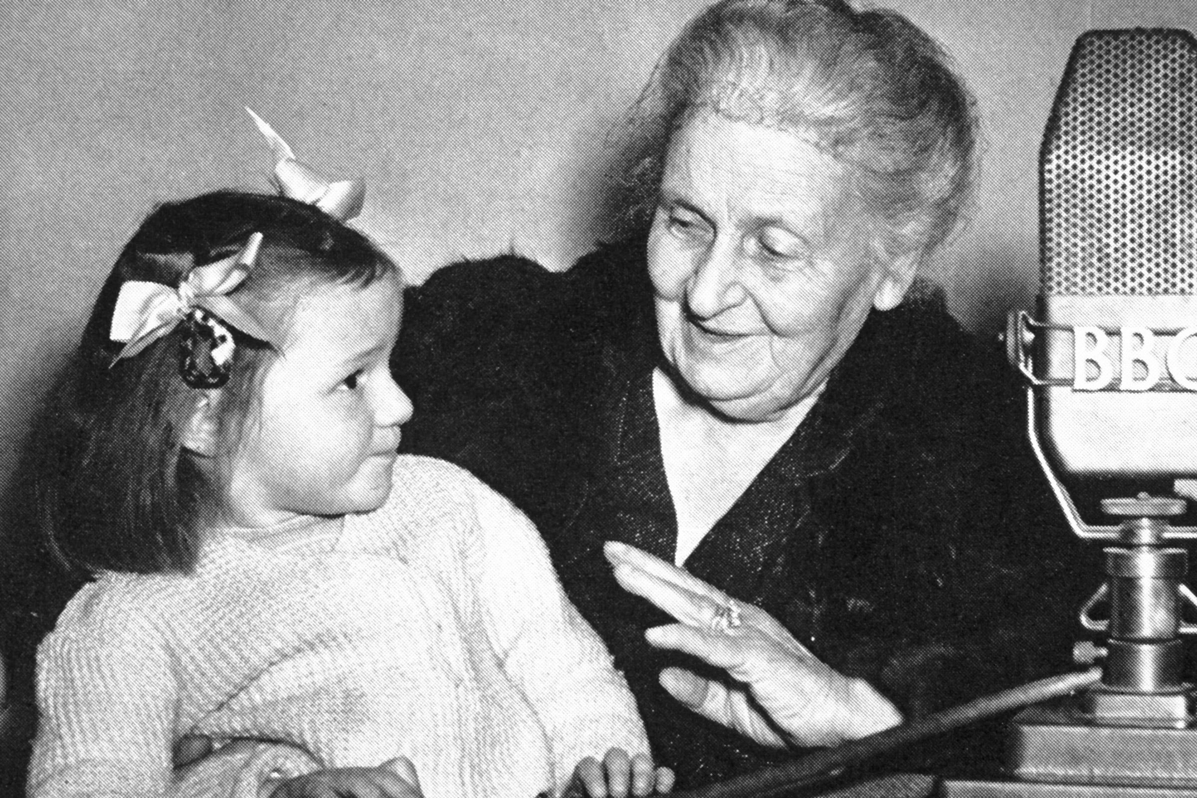 Maria Montessori Biografía Método Frases Y Libros