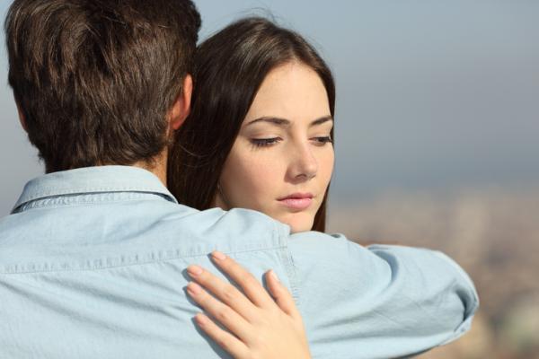 Como actúa un hombre después de una infidelidad