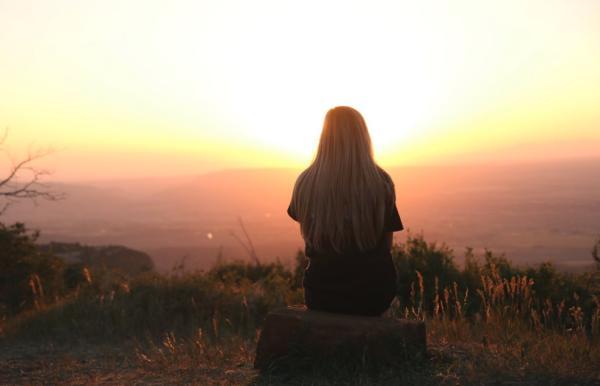 Qué es el apego emocional y cómo superarlo