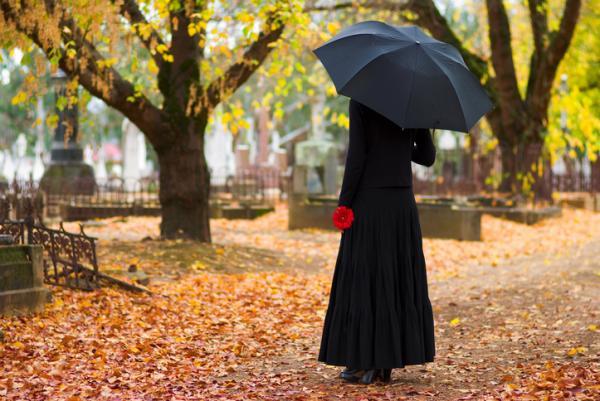 Cómo superar la tristeza por la pérdida de un ser querido - El duelo según la psicología: reflexiones para la pérdida de un ser querido