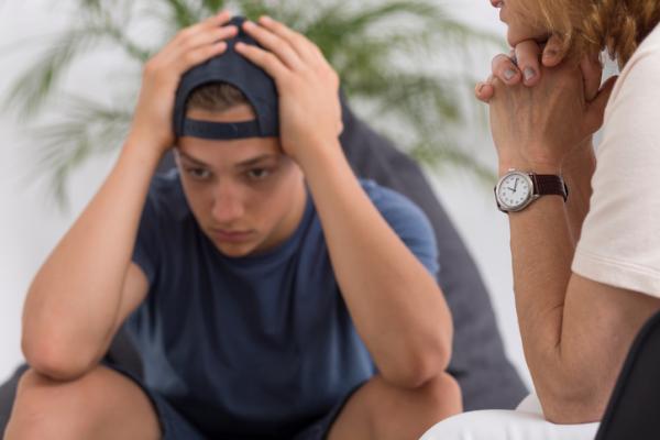 Cómo ayudar a un adolescente con depresión