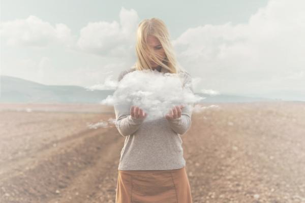 Delirio: qué es, síntomas y tipos