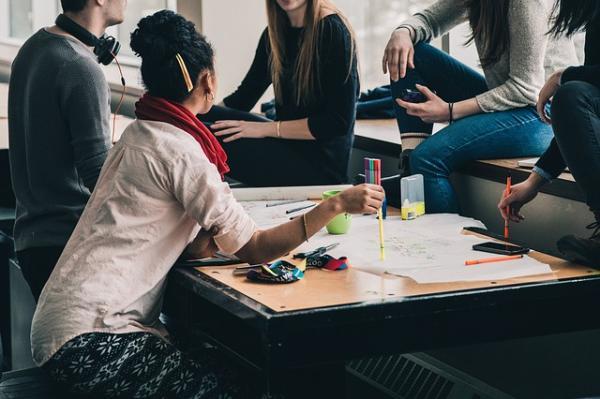La importancia de la comunicación en la empresa - Qué es la comunicación empresarial