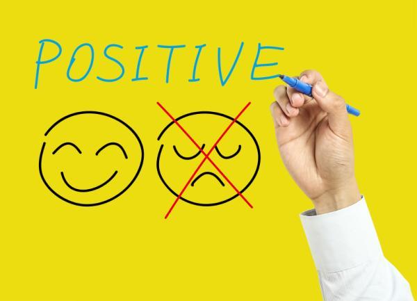 5 signos de una autoestima baja y deficiente - La negatividad, otro signo de la autoestima baja