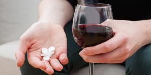 ¿Si tomo Trankimazin, puedo tomar alcohol?