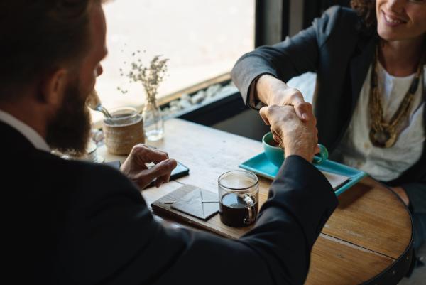 Cómo mejorar la confianza en el trabajo