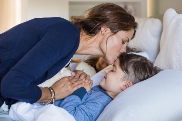 Cómo explicar a un niño la ausencia de su padre