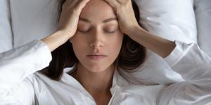 Ansiedad nocturna: síntomas, causas y tratamiento