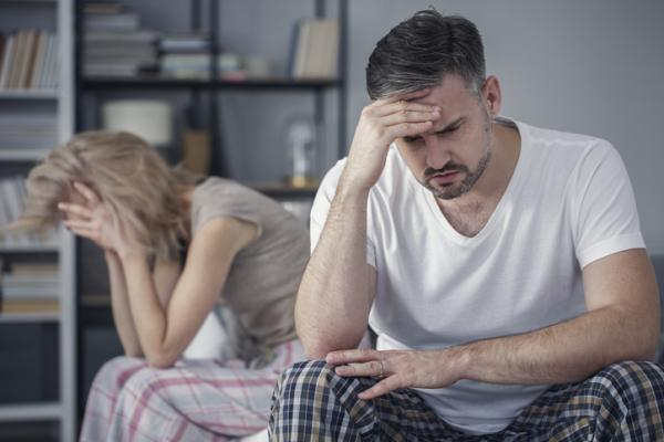 Cómo superar una crisis matrimonial - Crisis de pareja: etapas
