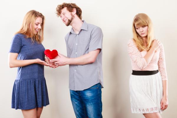 Cómo olvidar un amor platónico