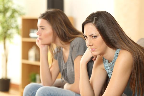 ¿Los celos son buenos o son malos en una relación? -  Consecuencias de los celos en una relación
