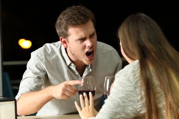 ¿Los celos son buenos o son malos en una relación?