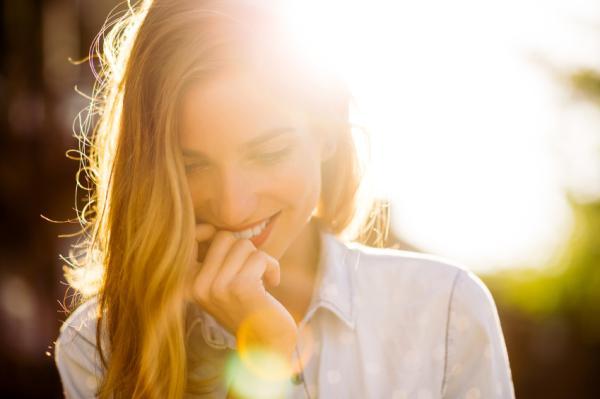Por qué me enamoro de quien no me quiere - Racionaliza el amor para evitar la idealización