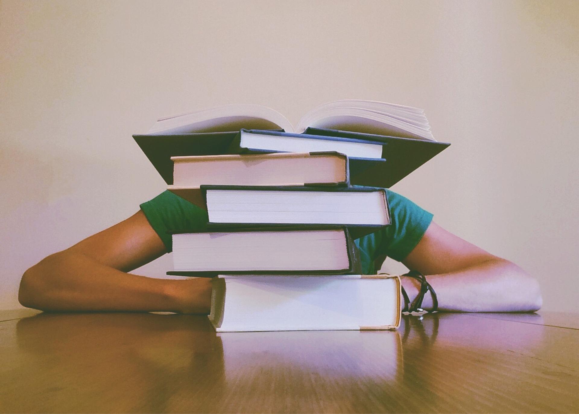 como hacer para no dormir y poder estudiar