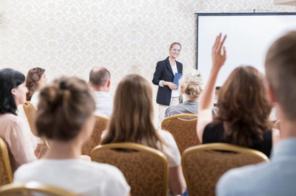 Cómo perder el miedo a hablar en público - Cómo ganar autoconfianza para hablar en público