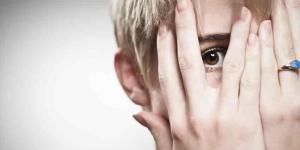 Timidez extrema en adultos: síntomas y tratamiento