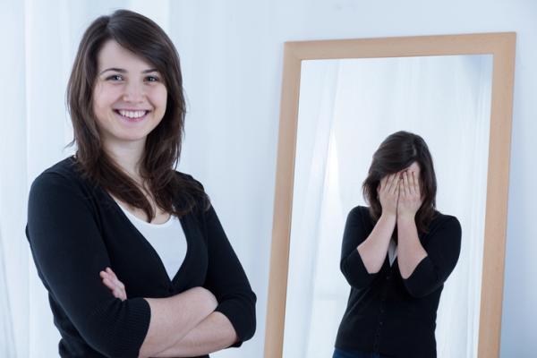 Síndrome del Impostor: qué es, causas, síntomas y cómo superarlo