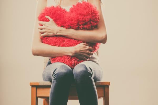 Cómo ser una persona fría en el amor - Cómo ser una persona fría y calculadora cuando quieres olvidar a alguien