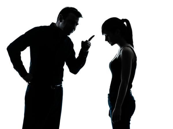 Padres tóxicos: cómo son y cómo tratarlos
