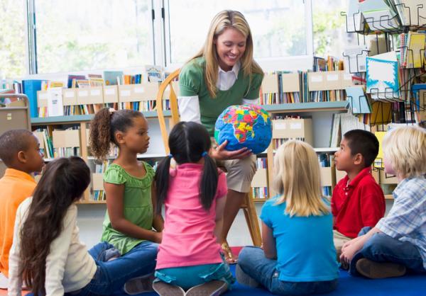 El rol del profesor - Dimensión Sociológica