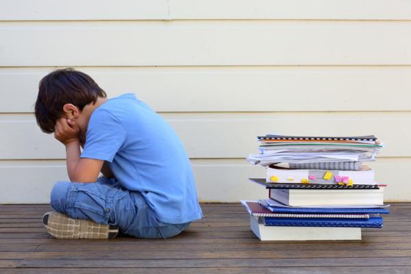 Cómo ayudar a un niño con problemas de aprendizaje