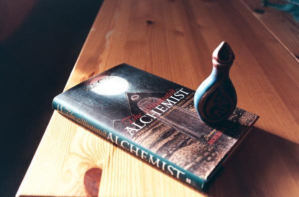 Libros que te hacen pensar - El Alquimista, Paulo Cohelo