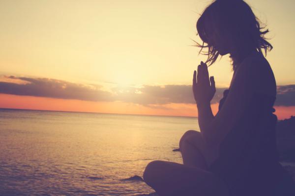Ejercicios para meditar y relajarse en casa