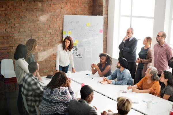 Tipos de liderazgo empresarial - 3. Tipos de liderazgo empresarial: el líder coach