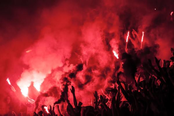 Fanatismo: significado, tipos y ejemplos - Significado de fanatismo