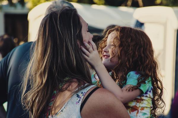 El apego: el vínculo especial madre - hijo - Tipos de apego según la psicología