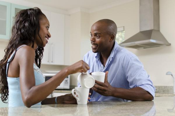 Como melhorar a comunicação no casamento - Falta de comunicação no relacionamento: o que fazer