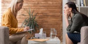 O que é contratransferência na psicologia: tipos e exemplos