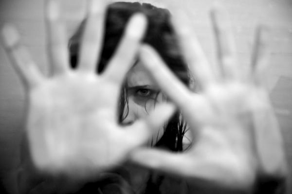 Violência de gênero: definição, tipos e características - Tipos de violência de gênero