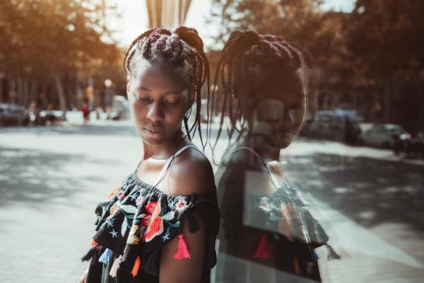 O que é a identidade pessoal: características e como é construída