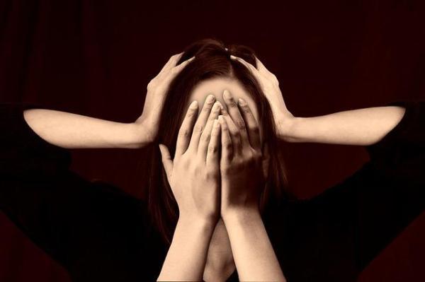 Como lidar com pessoas bipolares no amor