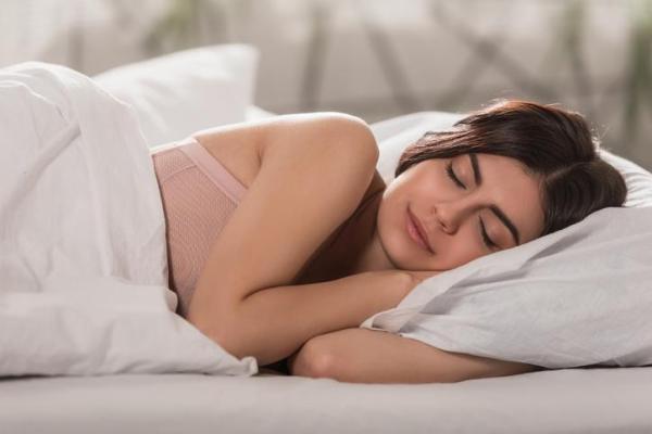 O que é o sono REM, duração e características