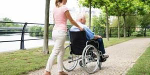Síndrome do cuidador: o que é, sintomas, fases e tratamento